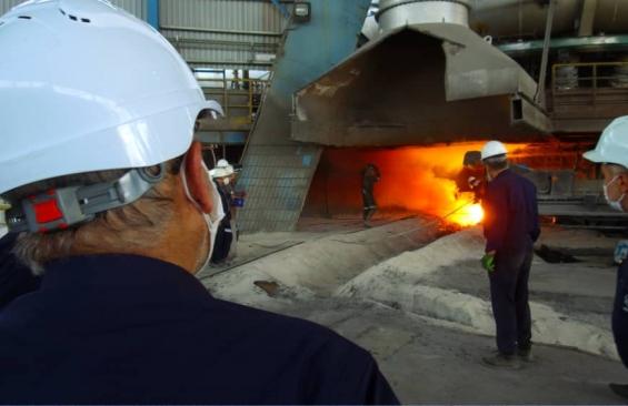 راه اندازی کوره بلند شرکت فولاد زرند . خرداد 1400